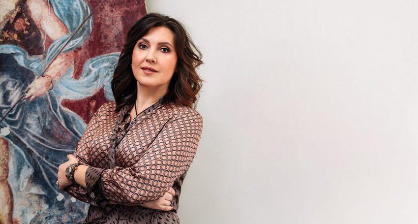 LINA TEROGANOVA FIVE YEARS BEHIND THE GLOSS