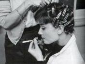 Audrey-Hepburn-smoking-hot-rare-cigarmonkeys-lifestyle-44